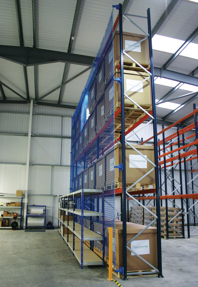 Correctly loaded pallet racking